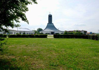 Gasthof-Opel-Himmelkron-A9-Kirche